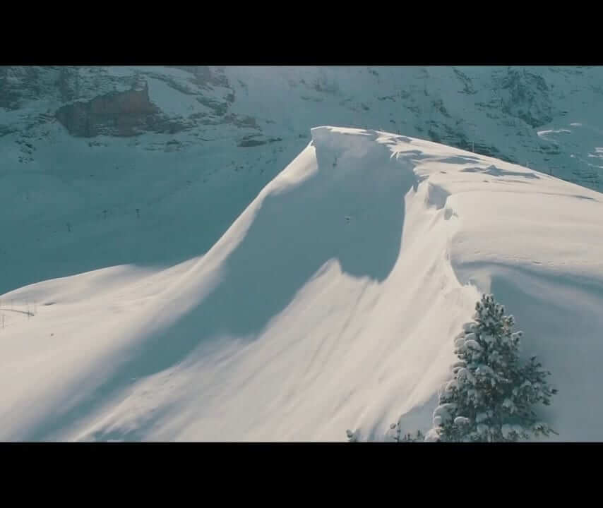 Videos of snow-covered mountains in Wengen